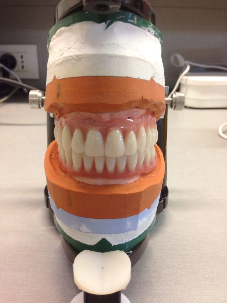 Примеры работ врачей клиники эффективной стоматологии